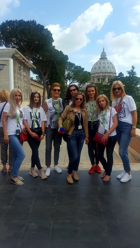 - Roma Tour Guide
